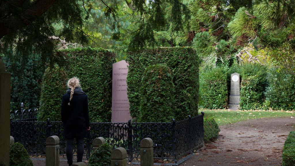 bispebjerg kirkegård åbningstider