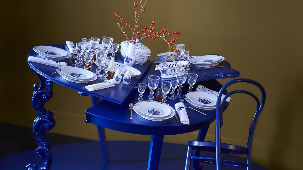 Royal copenhagen christmas tables visitcopenhagen