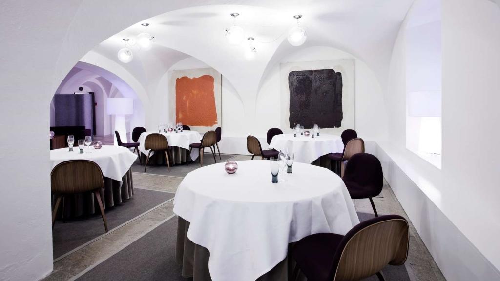 restaurant aoc visitdenmark. Black Bedroom Furniture Sets. Home Design Ideas