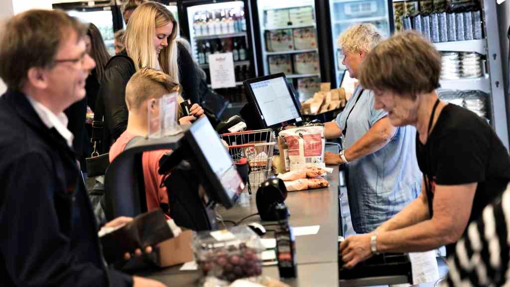 Wefood shopping stop food waste Copenhagen