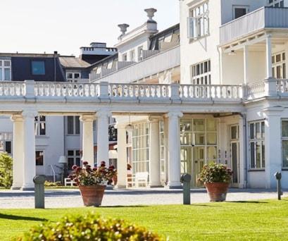 Kurhotel Skodsborg entrance