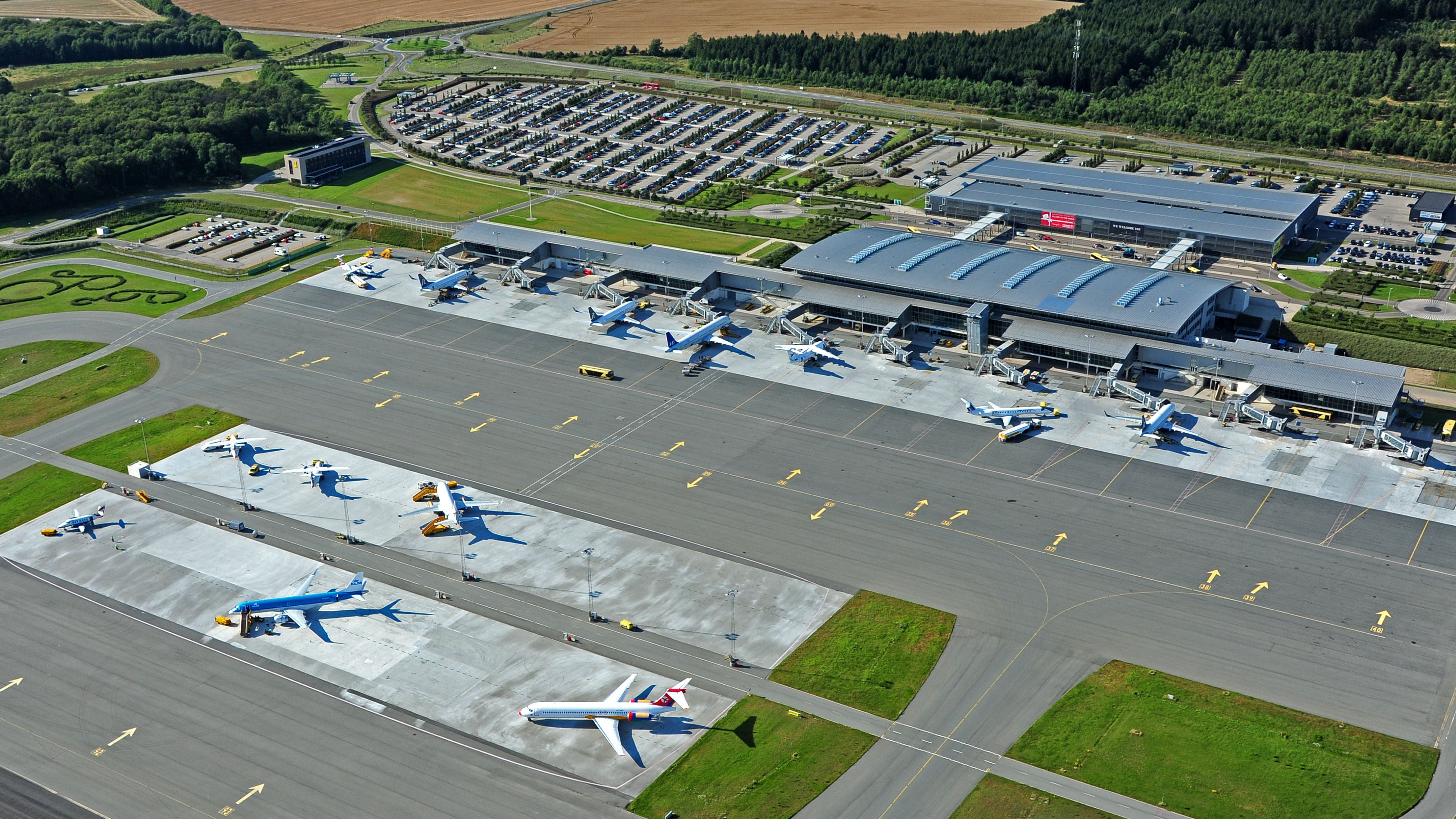 Rental Car Places >> Billund Airport | VisitDenmark
