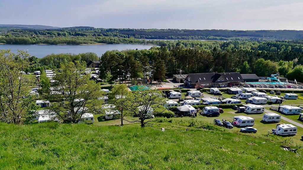 Udsigt over søen på Birkhede Camping