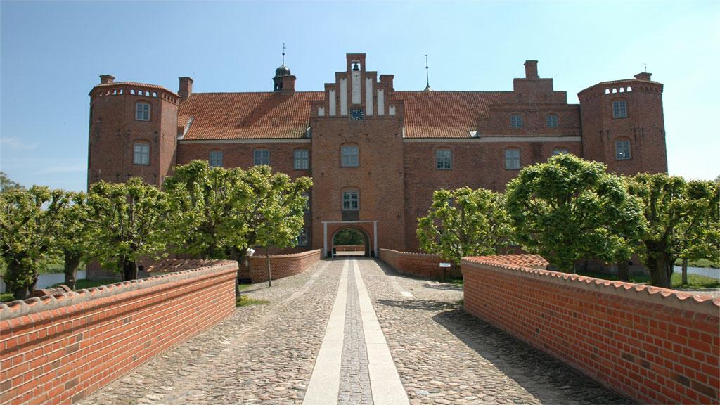Gammel Estrup - Danmarks Herregårdsmuseum | Visitdjursland