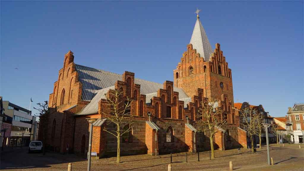 Image result for Grenå Kirke