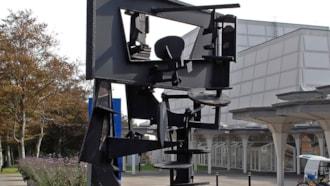 Esbjerg -  jernskulptur af Robert Jacobsen