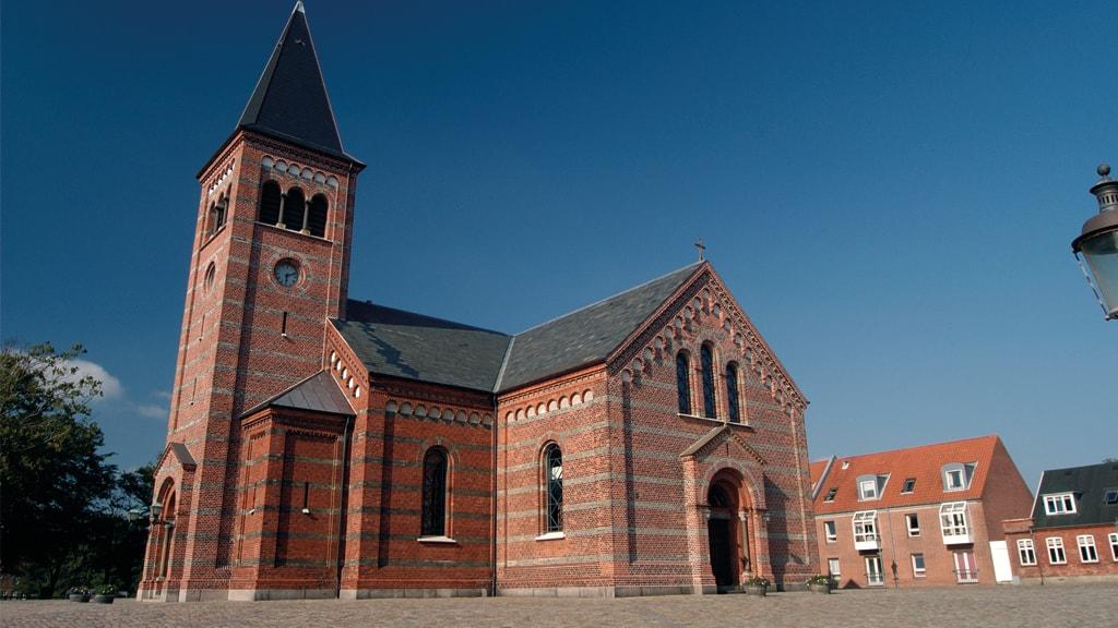 Vor Frelsers Kirke   kirker i Esbjerg