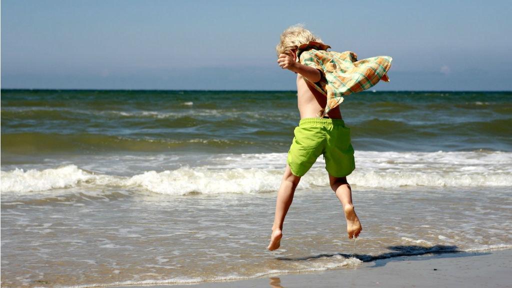 Hop i bølgen blå på Fanø