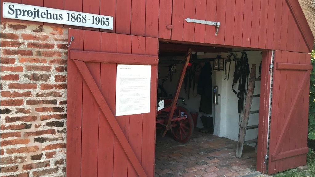 Indgangsparti ved brandmuseum i Sønderho
