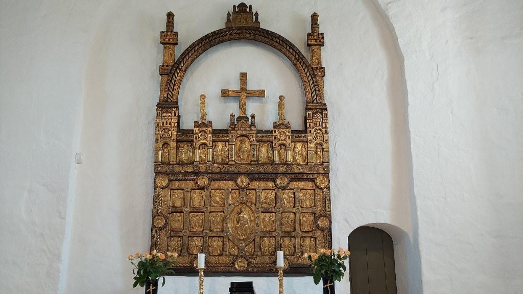 Sahl Kirke - Det Gyldne Alter