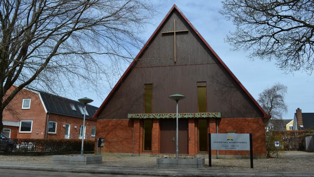 Holstebro Adventistkirke - Facade