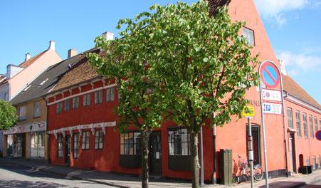 nutidens bryster København massage