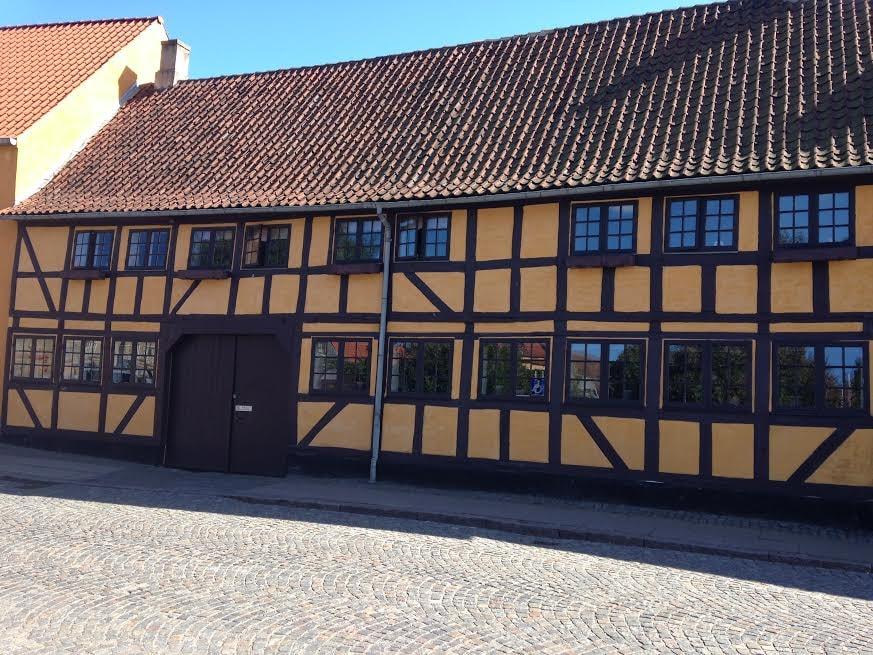 Skippergade Nyborg bindingsværkshuse gule 3