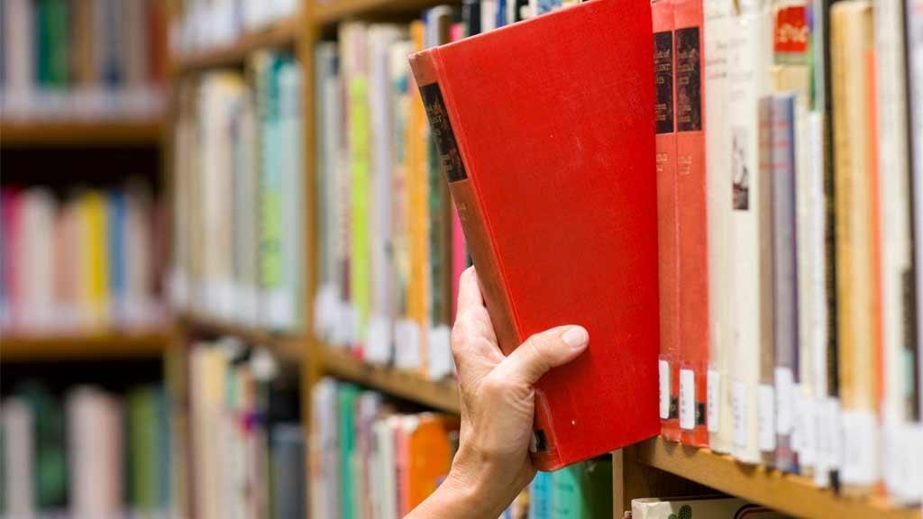 Lån bøger, musik og film på biblioteket i Esbjerg