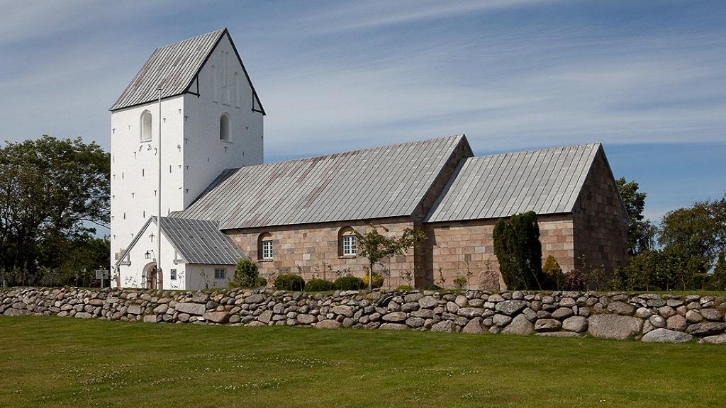 Hunstrup Kirke - Udefra
