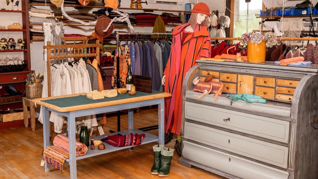 Butikken på Aagaard Tekstil i Sydthy.