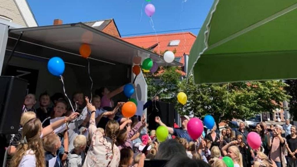 Hurup - Børn og balloner