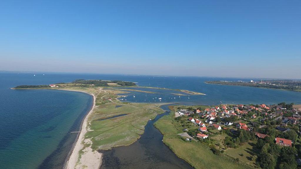 Torø Huse med Torø og Assens i baggrunden