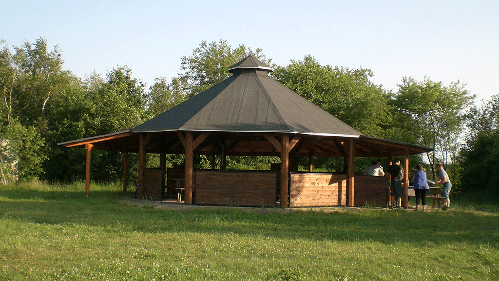 madpakkehus ved Simmekær shelterplads