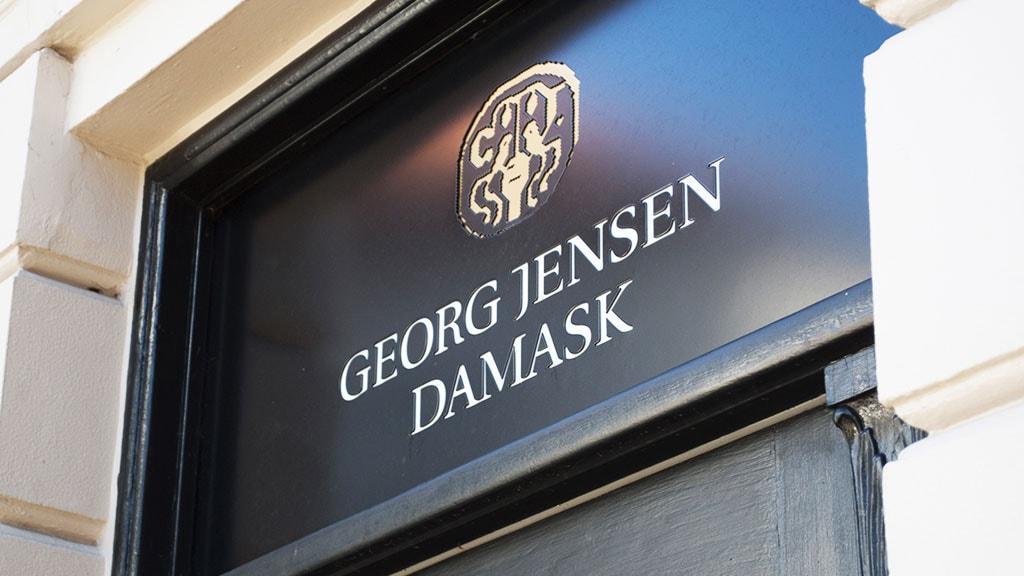 Skiltet over døren til Georg Jensen Damask