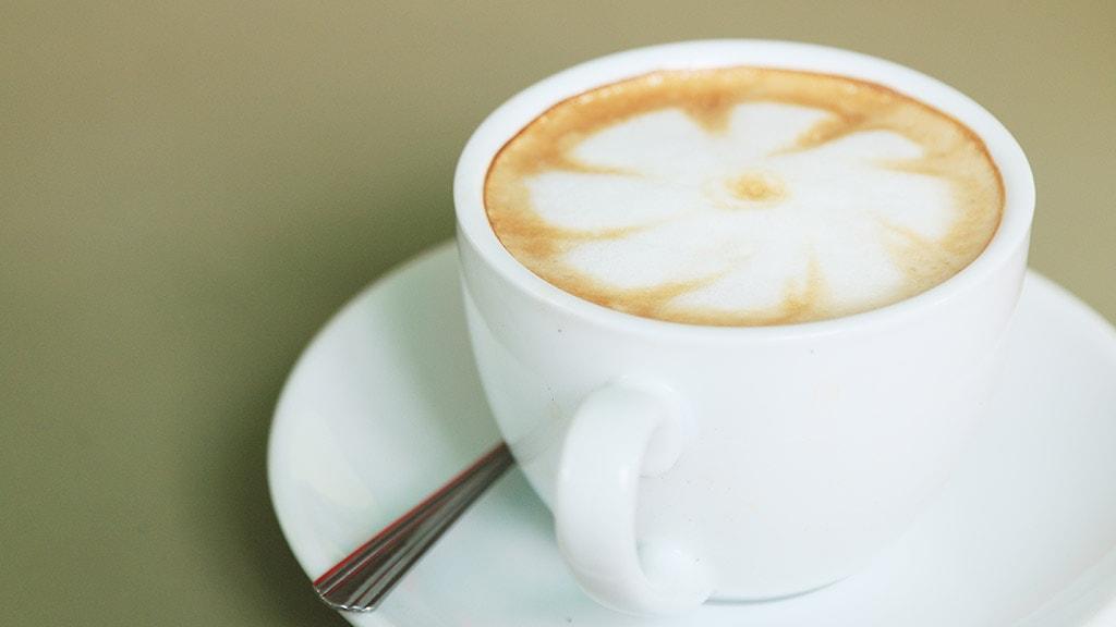 Kaffe med mælkekunst