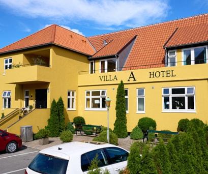 070721-Maler-Morten-Hvidtfeld_Hotel-Ansgar-Hus_082
