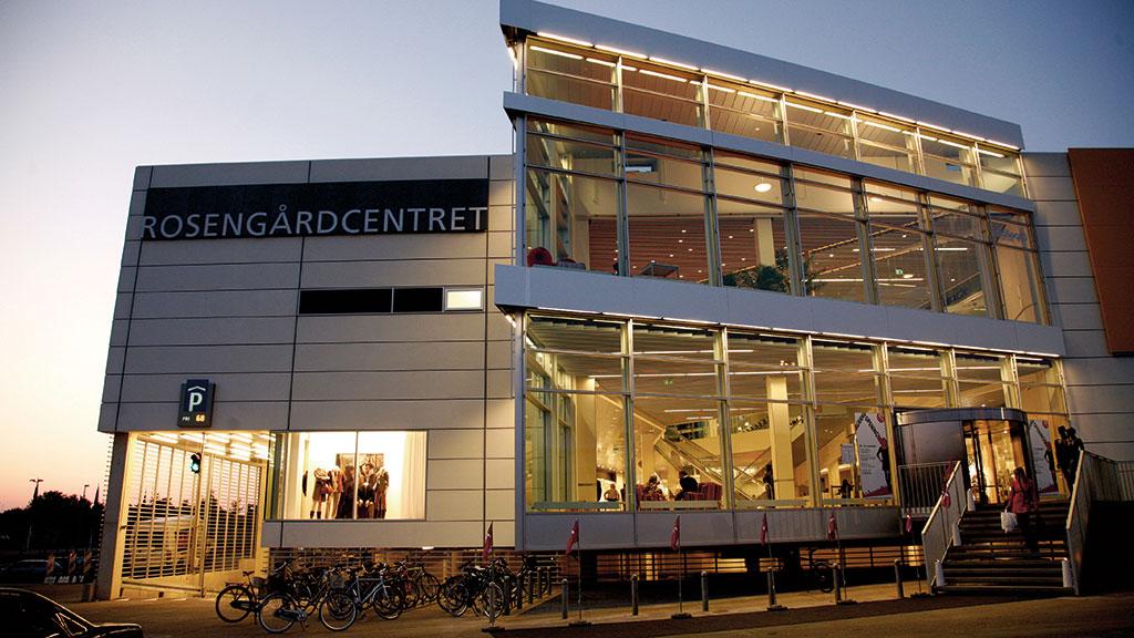 odense centrum butikker åbningstider