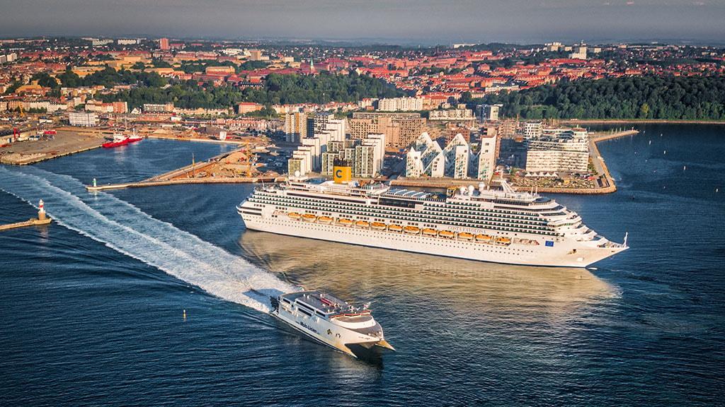 Krydstogtskib anløber Aarhus Havn