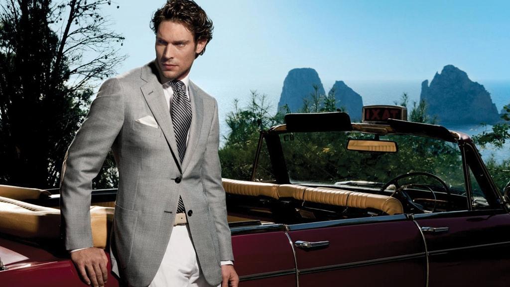 Harder er en tøjbutik som udelukkende sælger mærkevarer af bedste kvalitet