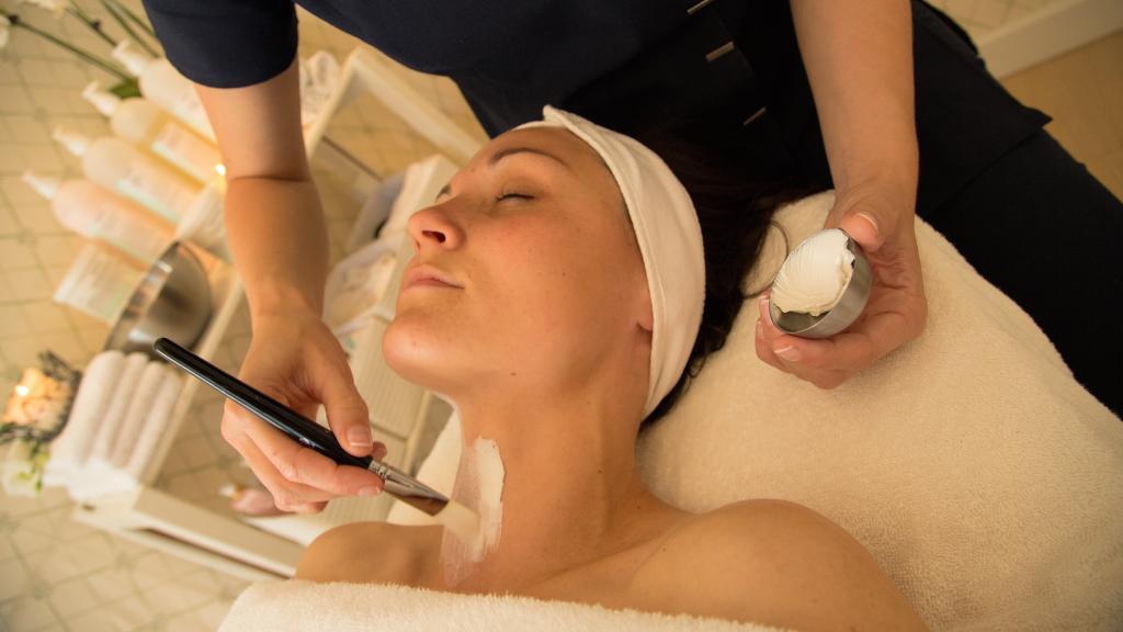 shemale i dk massage lolland falster