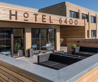 Hotel6400-facade
